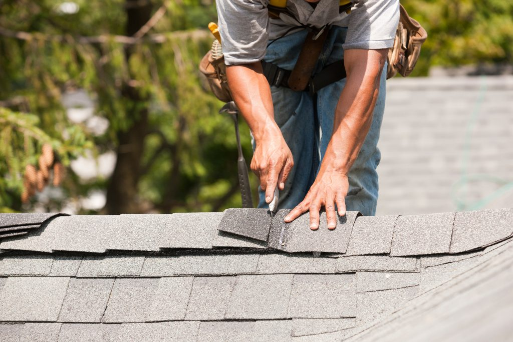 How to Avoid Roofing Scams after Big Storms
